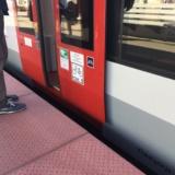 Jak użyć defiblyratora w pociągu – plan zdjęciowy w Gdańsku